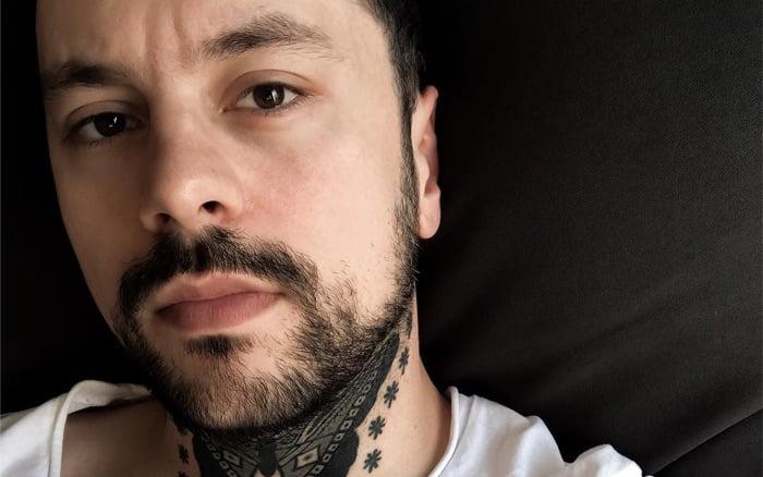 21 Fabulous Fine Line Poetic Tattoos from Jakub Nowicz
